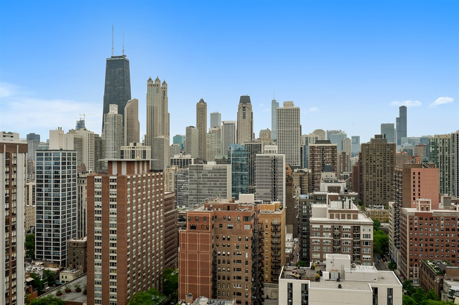 Real Estate Photography - 1415 N. Dearborn Street, Unit 4D, Chicago, IL, 60610 - City View