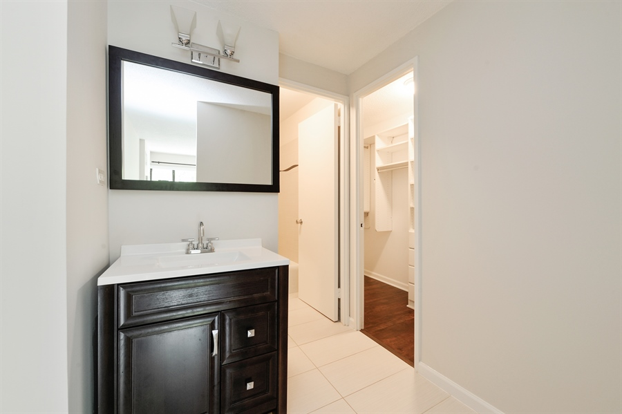 Real Estate Photography - 1415 N. Dearborn Street, Unit 4D, Chicago, IL, 60610 - Master Bathroom