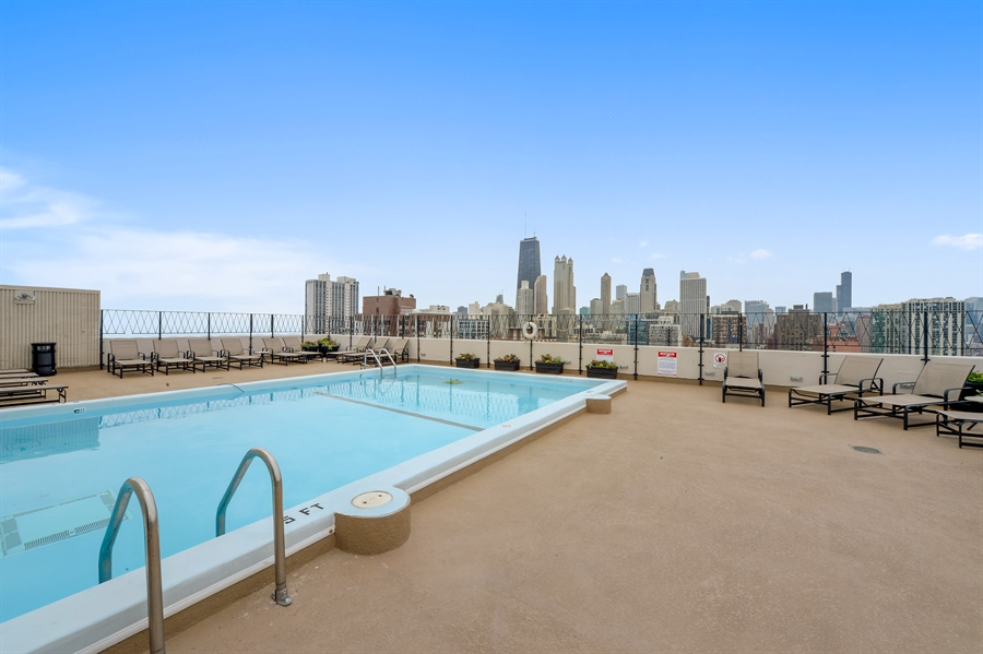 Real Estate Photography - 1415 N. Dearborn Street, Unit 4D, Chicago, IL, 60610 - Pool