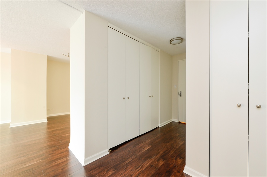 Real Estate Photography - 1415 N. Dearborn Street, Unit 4D, Chicago, IL, 60610 - Foyer