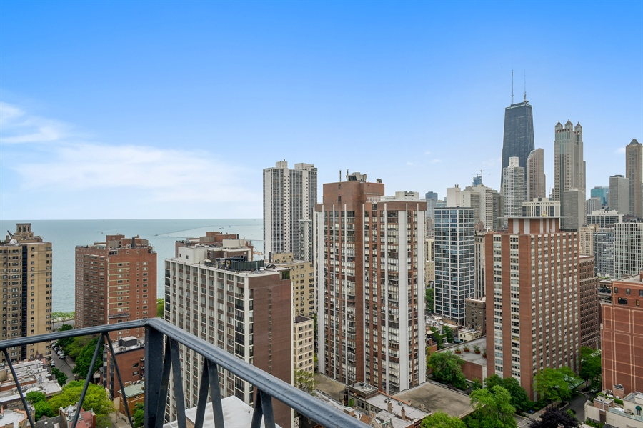Real Estate Photography - 1415 N. Dearborn Street, Unit 4D, Chicago, IL, 60610 - Lake View