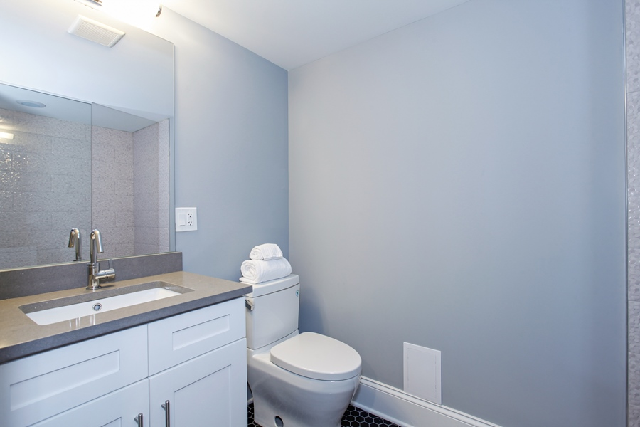 Real Estate Photography - 438 E. 46th Street, Chicago, IL, 60653 - 2nd Bathroom
