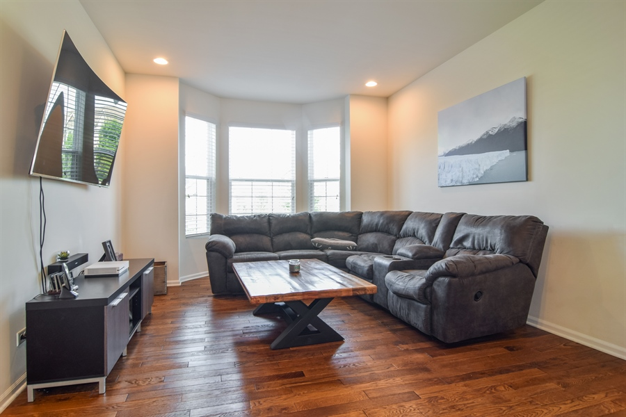 Real Estate Photography - 6544 Lilac Boulevard, Hanover Park, IL, 60133 - Living Room