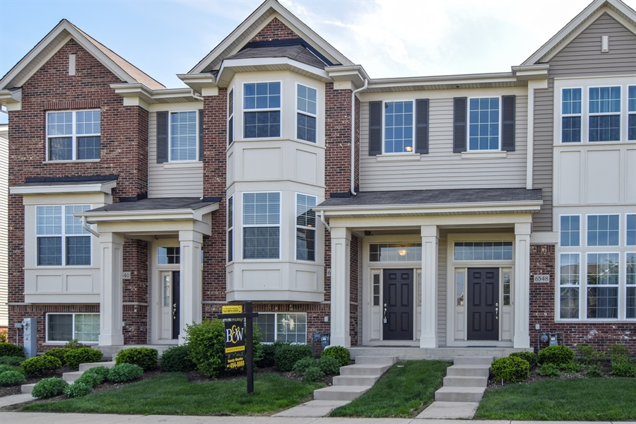 Real Estate Photography - 6544 Lilac Boulevard, Hanover Park, IL, 60133 - Front View