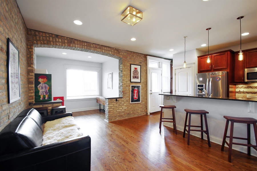 Real Estate Photography - 1410 W Argyle, 2, Chicago, IL, 60640 - Kitchen / Dining Room