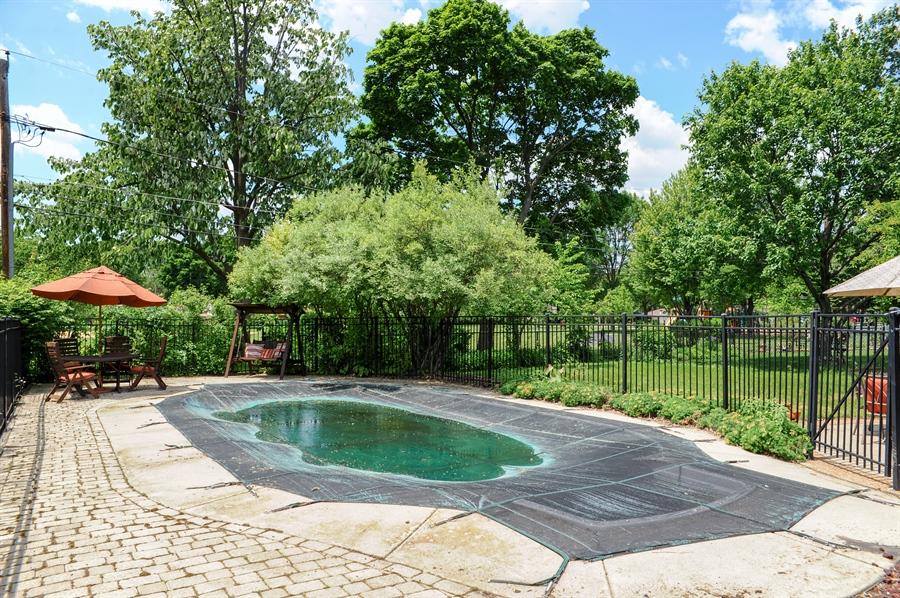 Real Estate Photography - 218 N. KASPAR Avenue, Arlington Heights, IL, 60005 - Pool