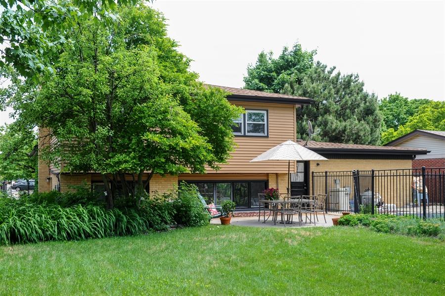 Real Estate Photography - 218 N. KASPAR Avenue, Arlington Heights, IL, 60005 - Rear View