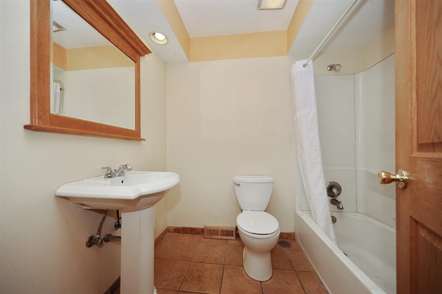 Real Estate Photography - 218 N. KASPAR Avenue, Arlington Heights, IL, 60005 - Full Bathroom Upstairs
