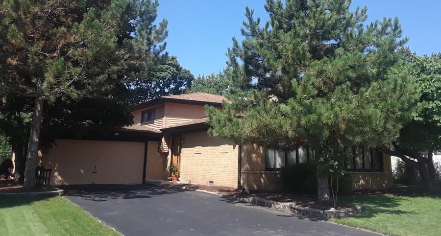 Real Estate Photography - 218 N. KASPAR Avenue, Arlington Heights, IL, 60005 -