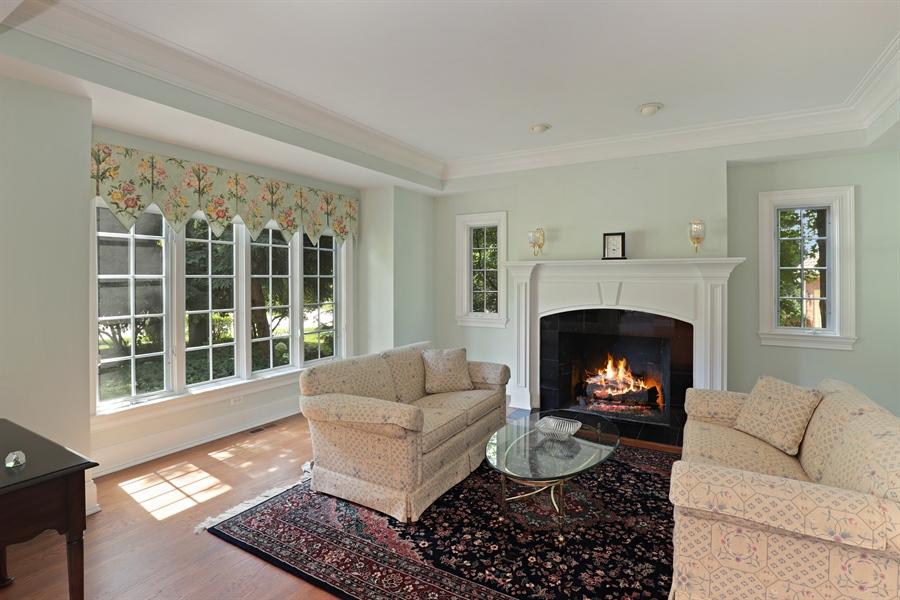 Real Estate Photography - 1224 Ashbury Lane, Libertyville, IL, 60048 - Living Room