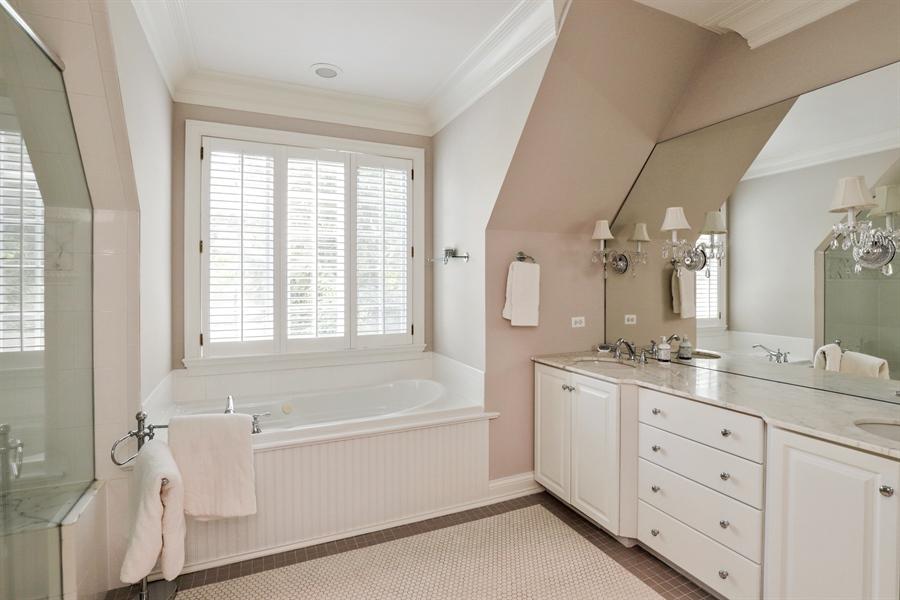 Real Estate Photography - 1224 Ashbury Lane, Libertyville, IL, 60048 - Master Bathroom