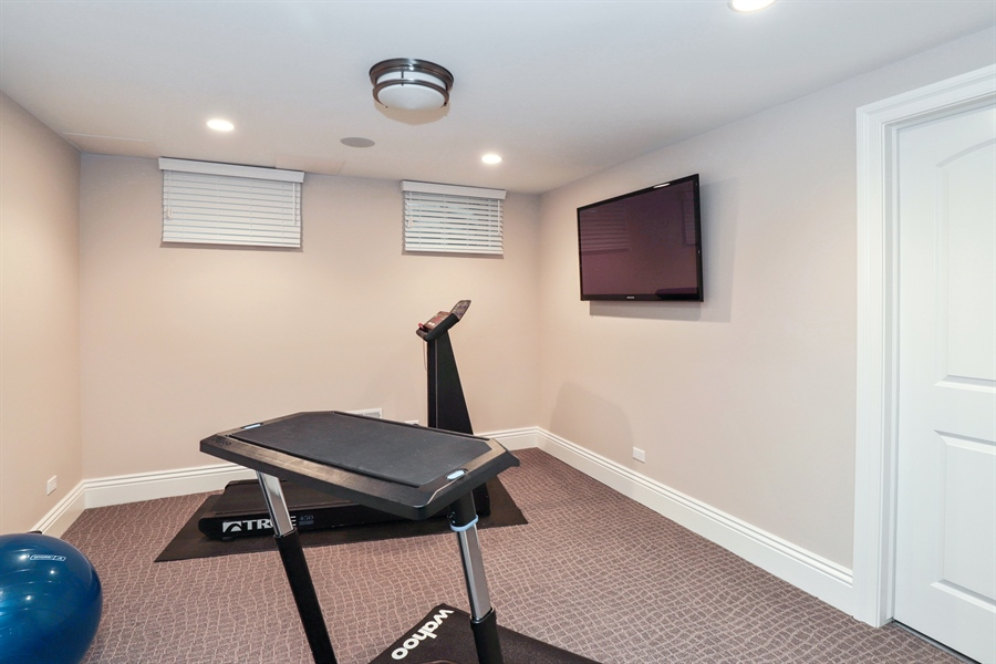 Real Estate Photography - 1224 Ashbury Lane, Libertyville, IL, 60048 - Exercise Room