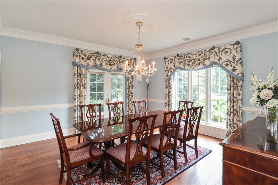 Real Estate Photography - 1224 Ashbury Lane, Libertyville, IL, 60048 - Dining Room