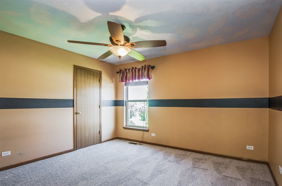 Real Estate Photography - 1402 Stanford Circle, Carpentersville, IL, 60110 - 2nd Bedroom