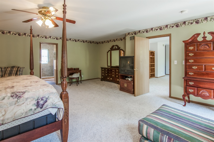 Real Estate Photography - 1402 Stanford Circle, Carpentersville, IL, 60110 - Master Bedroom