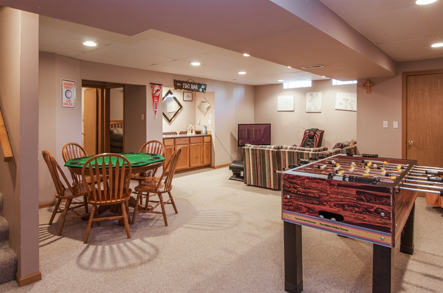 Real Estate Photography - 1402 Stanford Circle, Carpentersville, IL, 60110 - Basement Game Room
