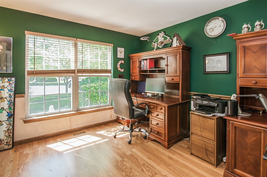 Real Estate Photography - 1402 Stanford Circle, Carpentersville, IL, 60110 - 1st Floor Den/Office