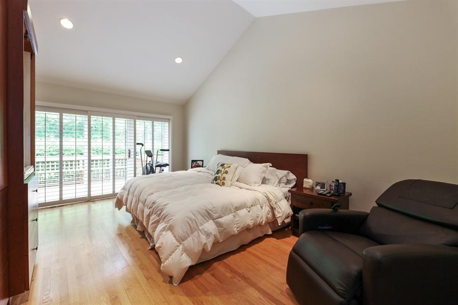 Real Estate Photography - 955 Villas Court, Highland Park, IL, 60035 - Master Bedroom