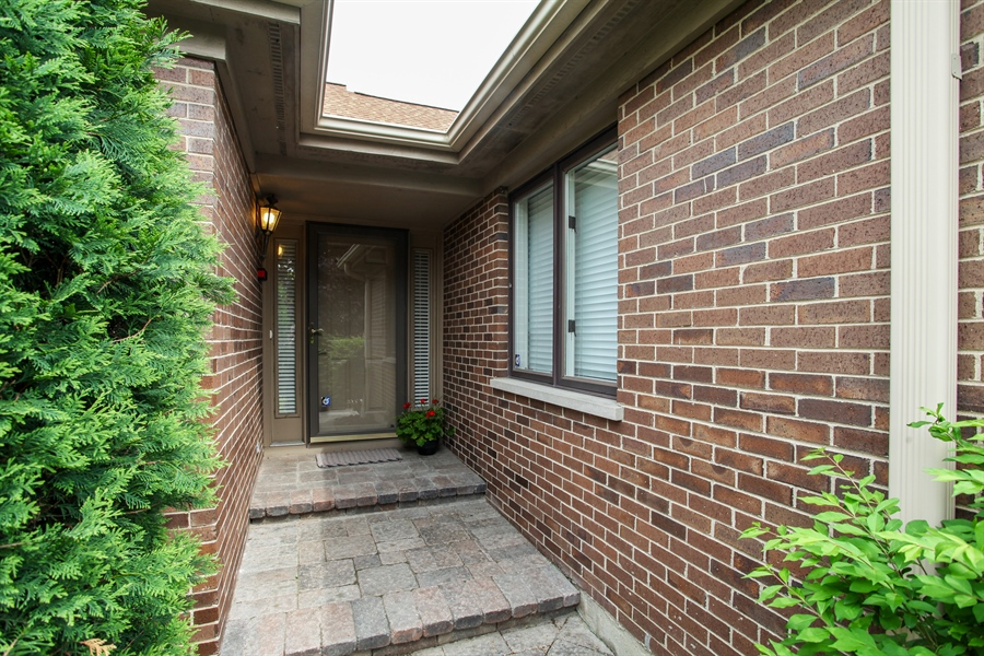 Real Estate Photography - 955 Villas Court, Highland Park, IL, 60035 - Entryway