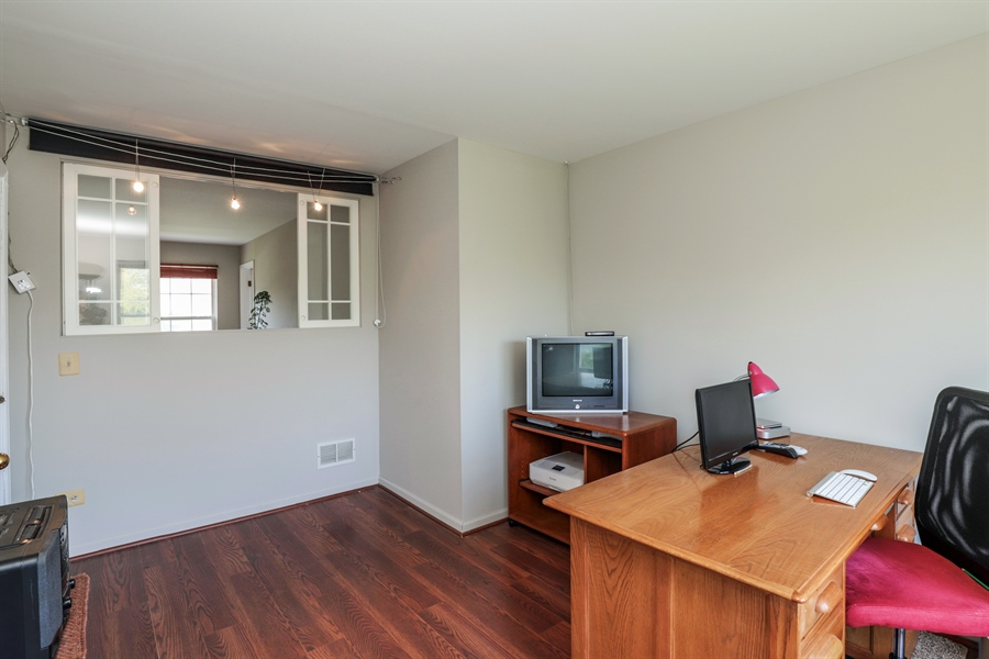Real Estate Photography - 330 Kildere Court, Grayslake, IL, 60030 - 3rd Bedroom