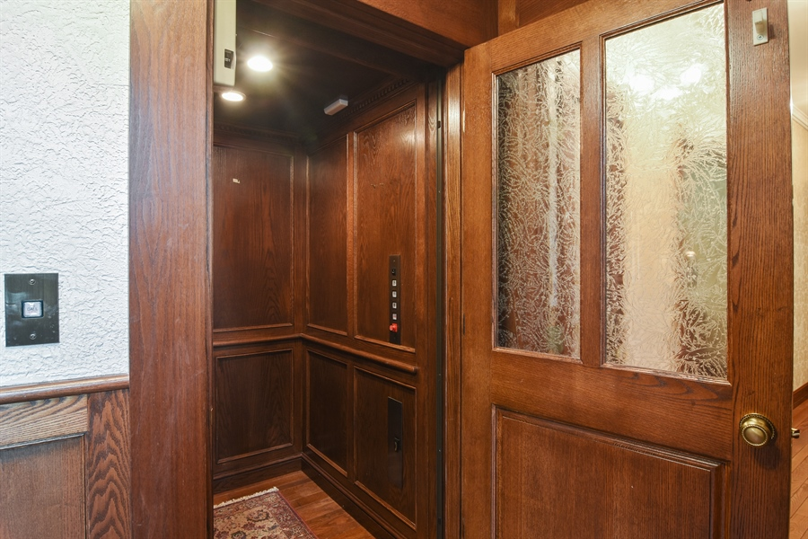 Real Estate Photography - 585 Windsor Road, Inverness, IL, 60067 - Elevator