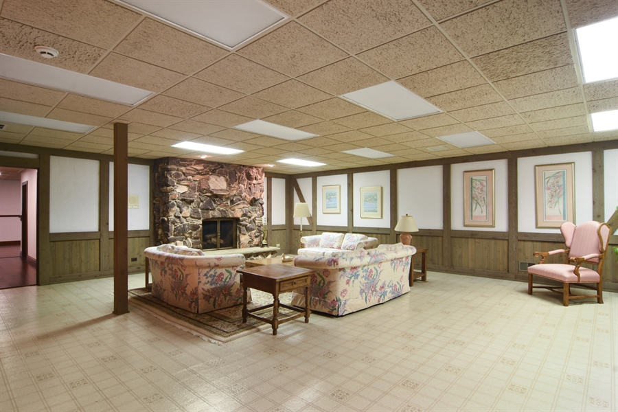 Real Estate Photography - 585 Windsor Road, Inverness, IL, 60067 - Recreation Room