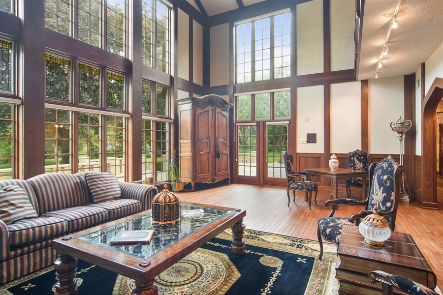 Real Estate Photography - 585 Windsor Road, Inverness, IL, 60067 - Great Room