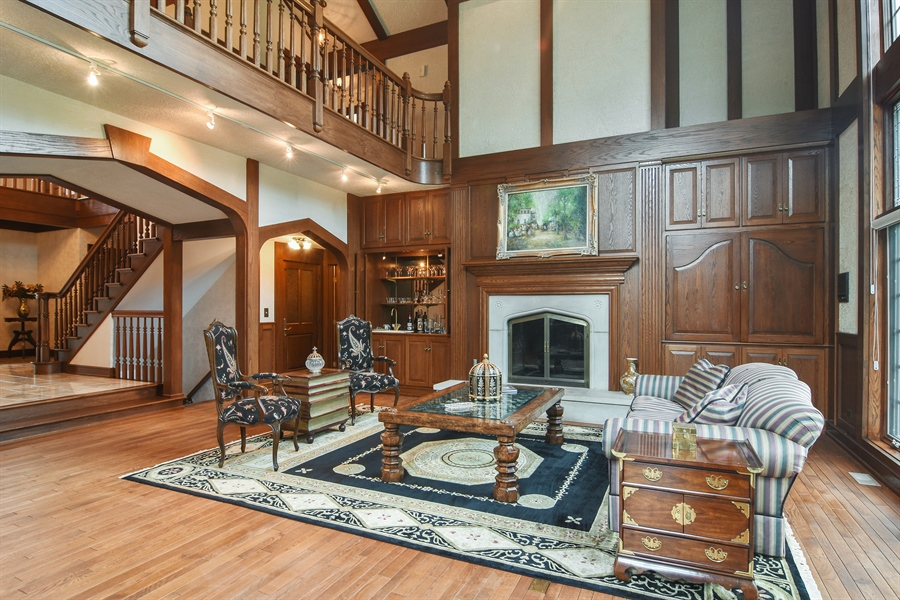 Real Estate Photography - 585 Windsor Road, Inverness, IL, 60067 - 2 Story Great Room