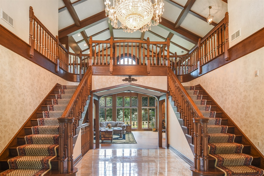 Real Estate Photography - 585 Windsor Road, Inverness, IL, 60067 - Foyer