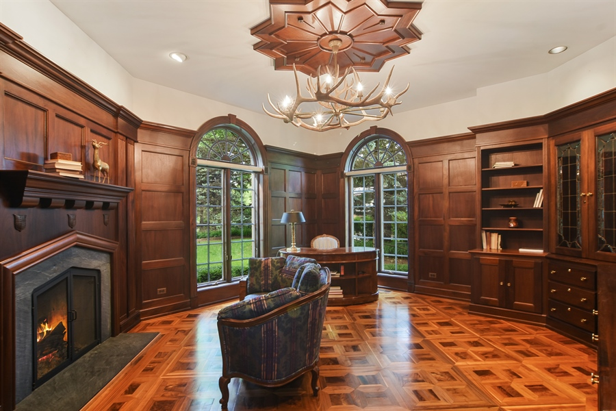 Real Estate Photography - 585 Windsor Road, Inverness, IL, 60067 - Study