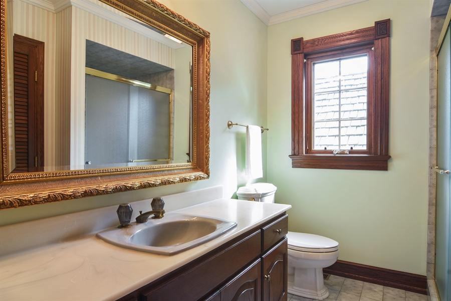 Real Estate Photography - 585 Windsor Road, Inverness, IL, 60067 - En-Suite Bath