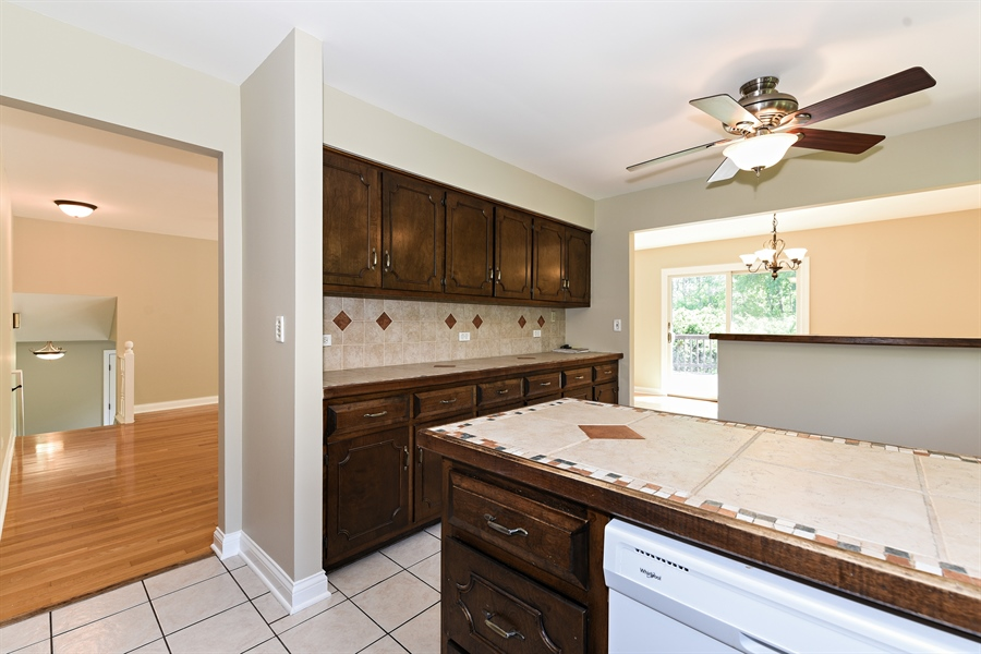 Real Estate Photography - 6N907 BRIERWOOD Drive, Campton Hills, IL, 60175 - Kitchen