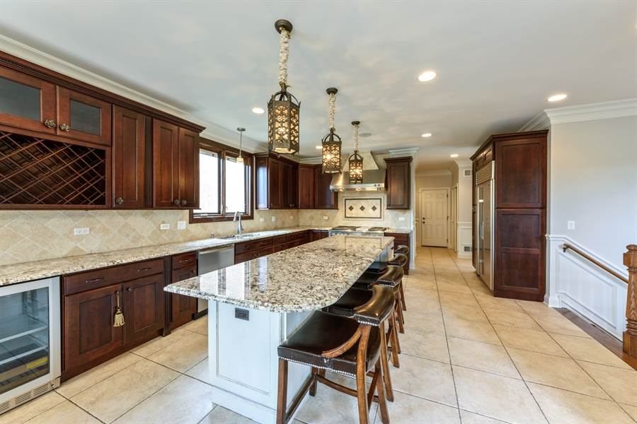 Real Estate Photography - 1531 S. Douglas Avenue, Arlington Heights, IL, 60005 - Kitchen