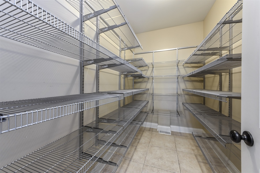 Real Estate Photography - 1531 S. Douglas Avenue, Arlington Heights, IL, 60005 - Pantry