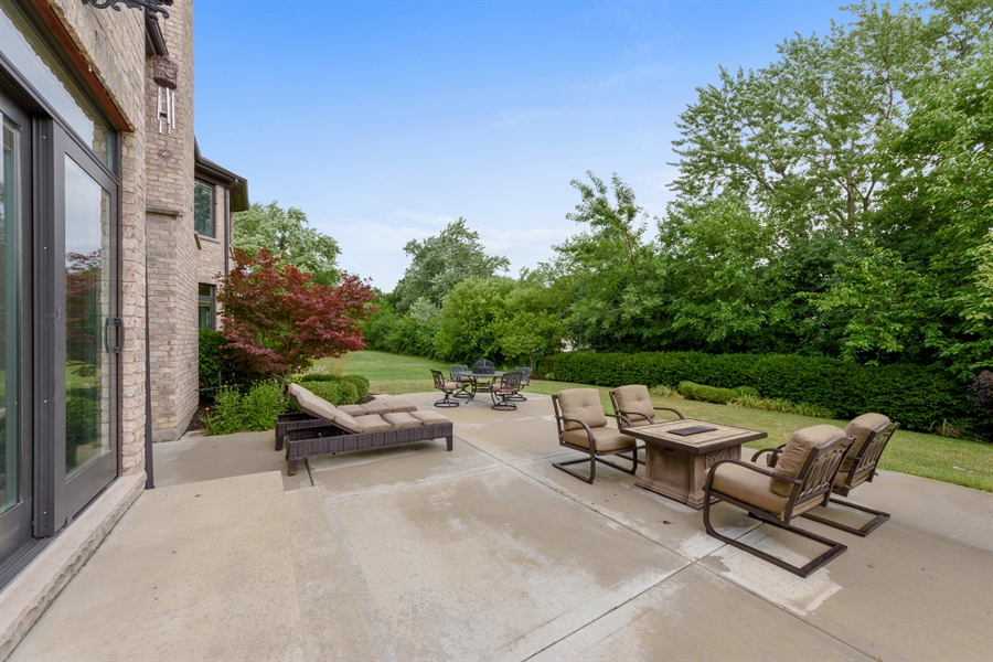 Real Estate Photography - 1531 S. Douglas Avenue, Arlington Heights, IL, 60005 - Patio