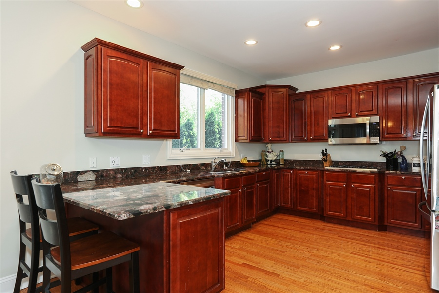 Real Estate Photography - 20 Melrose Street, Westmont, IL, 60559 - Kitchen