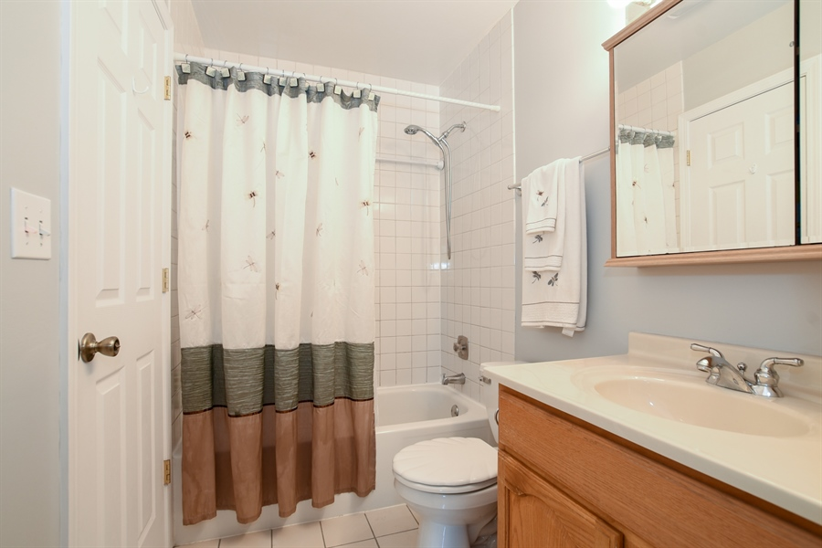 Real Estate Photography - 2021 Briar Hill Drive, Schaumburg, IL, 60194 - Full Bathroom Upstairs off Master and Hall
