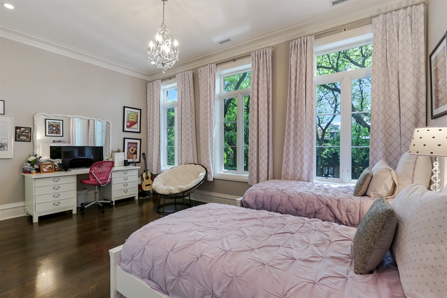 Real Estate Photography - 1720 N. MOHAWK Street, Chicago, IL, 60614 - 2nd Bedroom