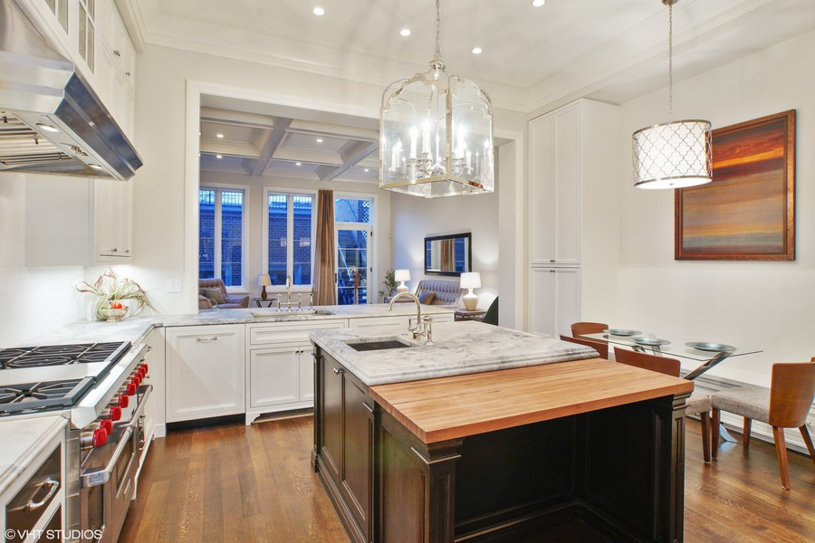 Real Estate Photography - 1720 N. MOHAWK Street, Chicago, IL, 60614 - Kitchen