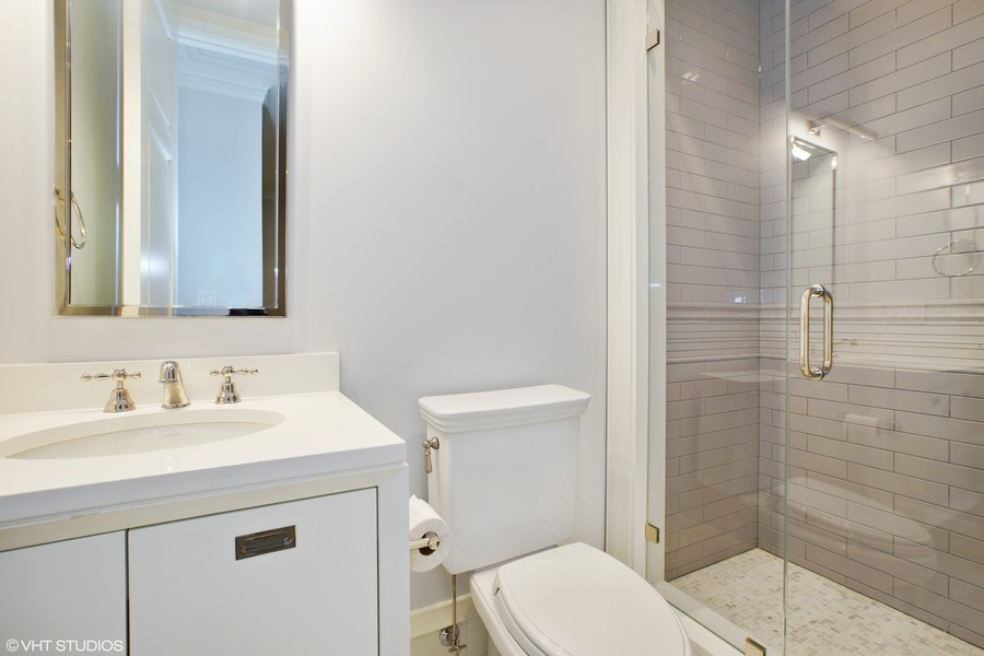 Real Estate Photography - 1720 N. MOHAWK Street, Chicago, IL, 60614 - Bathroom
