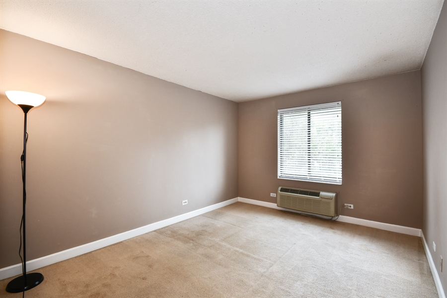 Real Estate Photography - 470 FAWELL Boulevard, Unit 119, Glen Ellyn, IL, 60137 - Master Bedroom