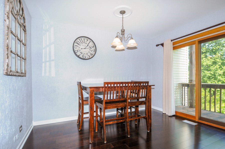 Real Estate Photography - 1612 Bay Court, Naperville, IL, 60565 - Dining Room