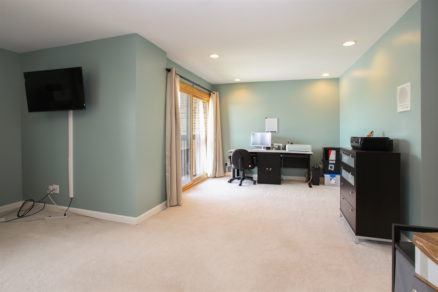 Real Estate Photography - 484 DOMINION Court, Wood Dale, IL, 60191 - Master Bedroom