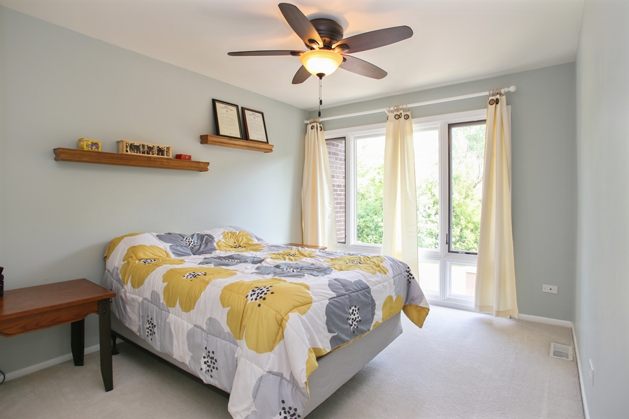 Real Estate Photography - 484 DOMINION Court, Wood Dale, IL, 60191 - Bedroom