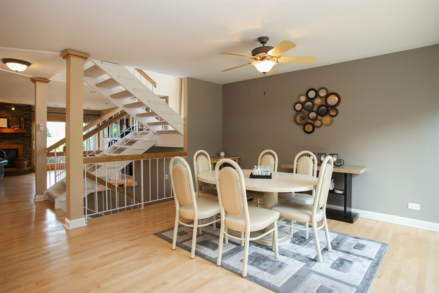 Real Estate Photography - 484 DOMINION Court, Wood Dale, IL, 60191 - Dining Room