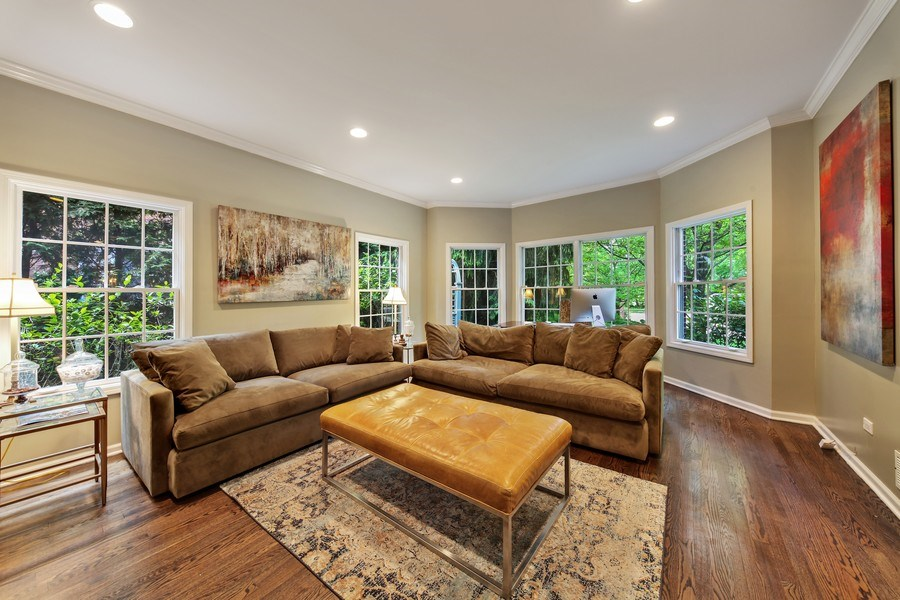 Real Estate Photography - 1507 Sunset Road, Highland Park, IL, 60035 - Living Room
