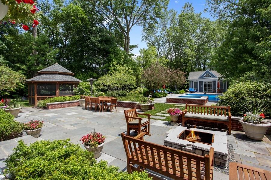 Real Estate Photography - 1507 Sunset Road, Highland Park, IL, 60035 - Back Yard