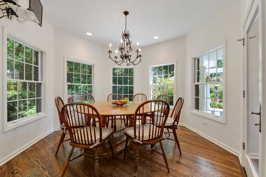 Real Estate Photography - 1507 Sunset Road, Highland Park, IL, 60035 - Breakfast Area