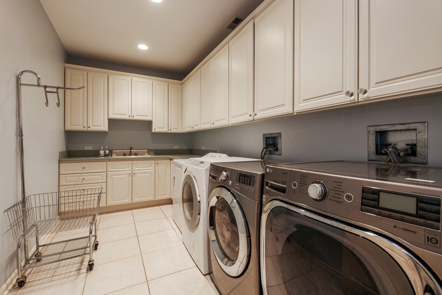 Real Estate Photography - 1507 Sunset Road, Highland Park, IL, 60035 - Laundry Room