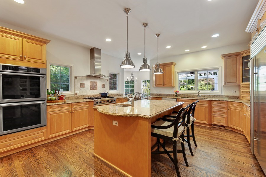 Real Estate Photography - 1507 Sunset Road, Highland Park, IL, 60035 - Kitchen